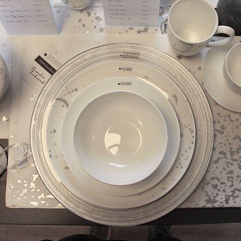 Geschirr und Tischkultur